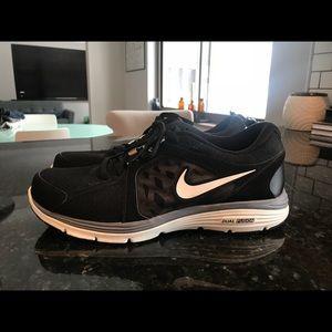 Men's Black and Grey Nike's